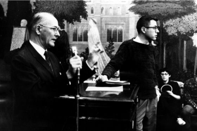 http://photoarchive.lib.uchicago.edu/db.xqy?keywords=bernie+sanders